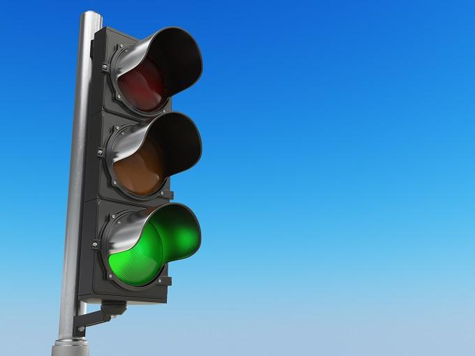 Znaczenie sygnalizacji świetlnej na drodze